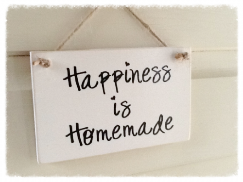 Wooden Plaque - Happiness Is Homemade